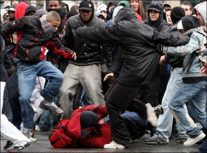 nyt_violent_youths_gang_060_small